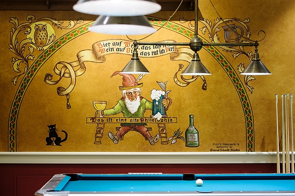 Der Stiftskeller reopens with murals, history still intact