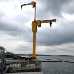 New Crane Installed on Union Lakefront